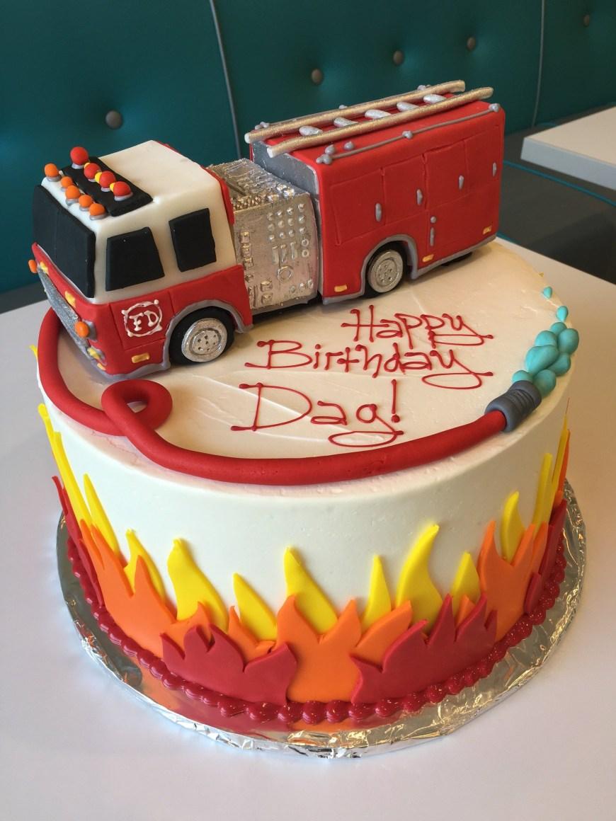 Personalized Birthday Cakes Custom Birthday Cakes