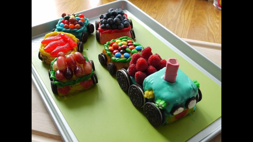 Train Birthday Cake Choo Choo Train Birthday Cake My Ba Boy Turns Two Youtube