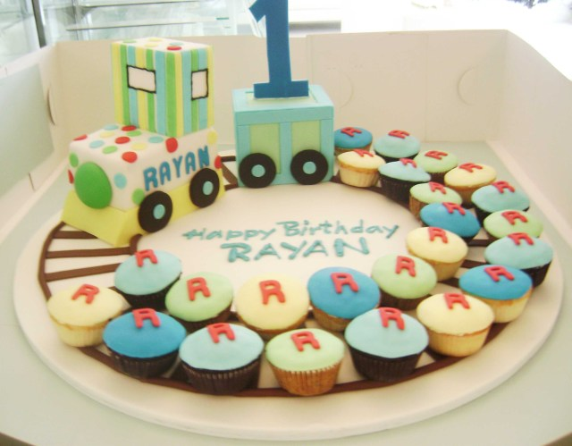 Train Cakes For Birthdays A Fabulous Birthday Cake Idea For A Childrens Party Adults Get To