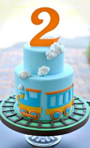 Train Cakes For Birthdays Little Train Cake Cakes Pinterest Cake Birthday Cake And