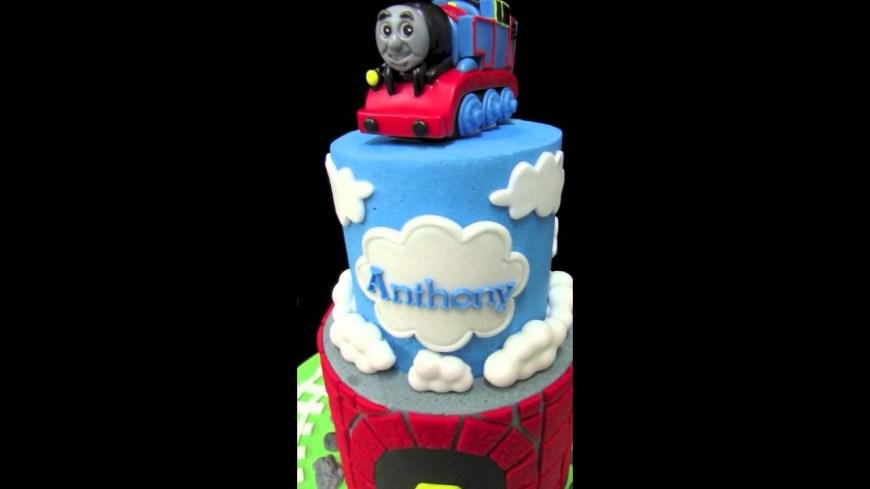 Train Cakes For Birthdays Thomas The Train Birthday Cake Youtube