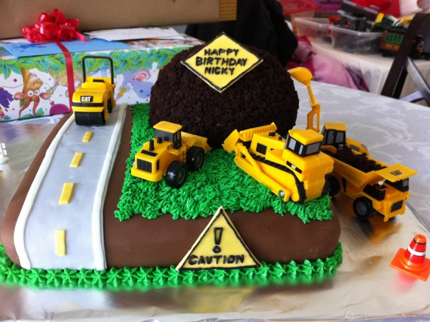 Truck Birthday Cake Construction Zone Truck Birthday Cake Cakecentral