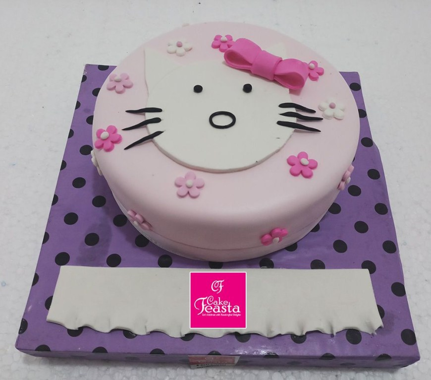 Types Of Birthday Cakes Our Custom Cake Designs Are All Types Of Cakes From Small Childrens