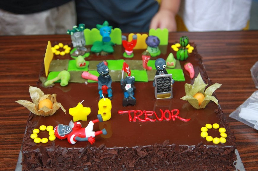 Zombie Birthday Cake Vals Passion Cakes Art Wines And More Homemade Plants Vs