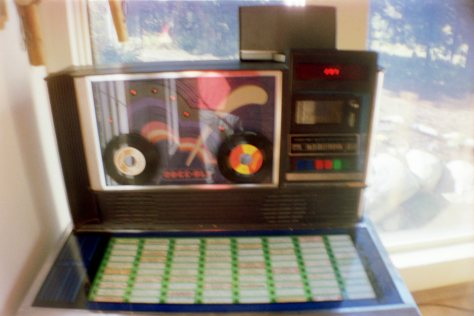 "Earthship VW bus/sauna: 7"" jukebox inside Mangy Moose lodge"