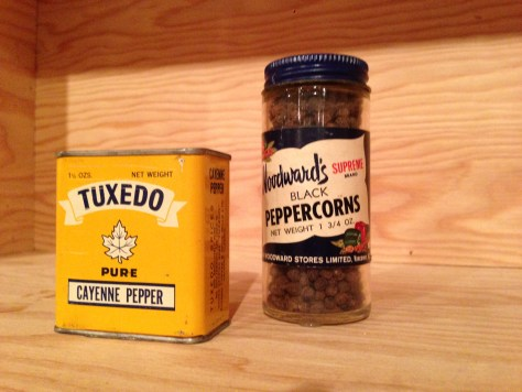 Can and jar of spices