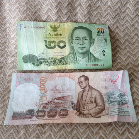 Thailand: Bhat (20 front, 1000 back)