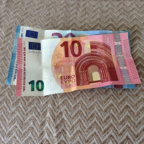 European Union: Euro (10, 20 –front)