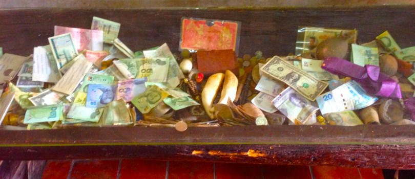 header thai phitsanulok temple money