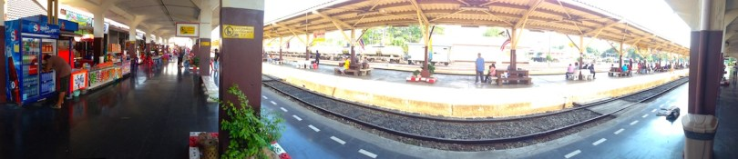 header thai phitsanulok train station games