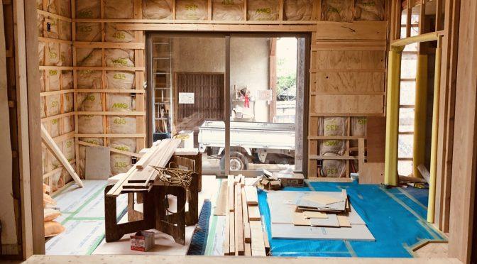 Tsuchida Cottage Construction Roof Raising (time lapse + snaps)