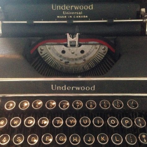 Typerwriter: Underwood Universal / detail for ribbon and keys (Dave's personal)