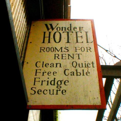 Wonder Hotel