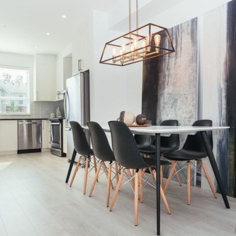 Complimentary Staging