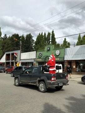 Santa arrived in El Calafate in a Fiat pickup truck