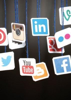 Davet-Mektebi-Dergisi-Sosyal-Medya-Çıkmazı-3