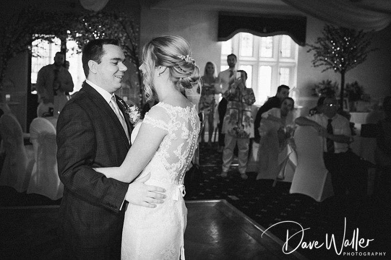 Rogerthorpe Manor Hotel   West Yorkshire Wedding Photographer   Beth & Ryan
