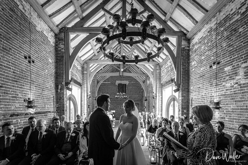 -Hazel-Gap-Barn-Wedding-Photography-|-Nottinghamshire-Wedding-Photographer-13.jpg