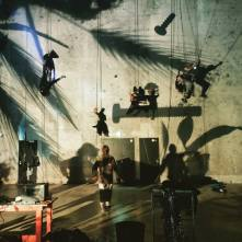 Jeux de lumières en préparation d'une sortie de stage à la Cité des Arts de la Rue, à Marseille.