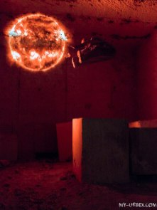 Boule de feu, obtenue par lightpainting, sans aucune retouche photo. Photo par Manu Neuro.