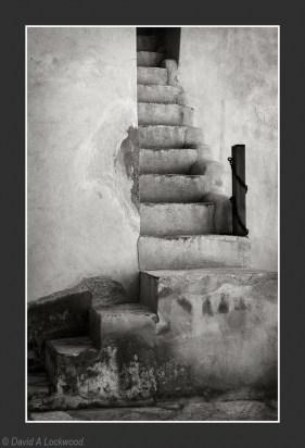 Nizwa Steps 3