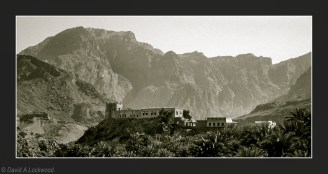 Jebel Fortified House green tone