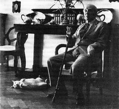 Outra foto clássica de Beppo e Borges (Acervo: Jorge Luis Borges)