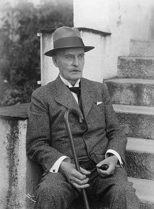 Escritor declarou publicamente sua simpatia por Hitler em 1940 (Foto: Reprodução)