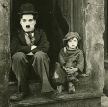 """""""O Garoto"""", lançado por Chaplin em 1921, foi o primeiro filme que me chamou a atenção (Foto: Reprodução)"""