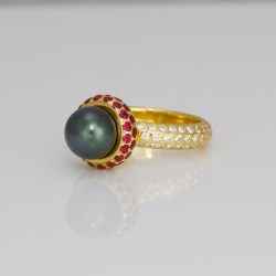 Tahitian pearl ruby ring
