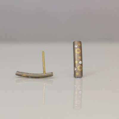 contemporary mixed gold diamond ear-studs