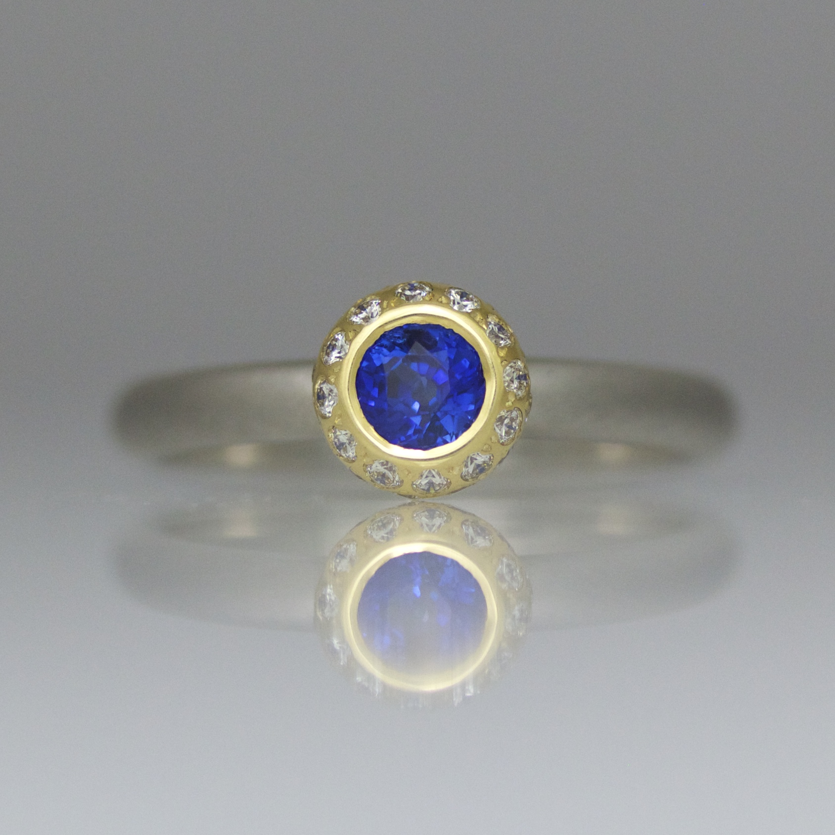 oval home rings mid cut platinum product engagement century in ring vintage sapphire saffire