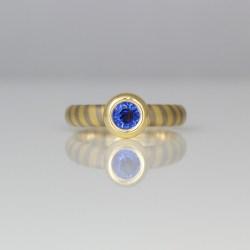 Sapphire modern ring