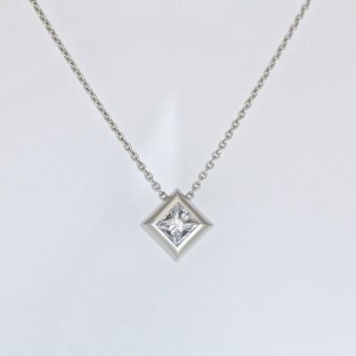 princess cut diamond platinum necklace