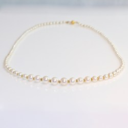 Graduated pearl gold necklace