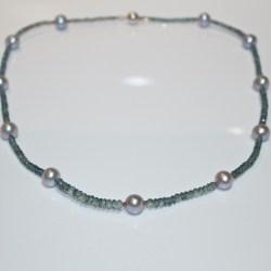colour change sapphire necklace
