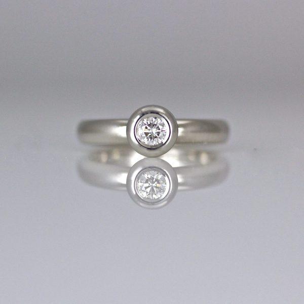 Modern diamond & Platinum engagement ring