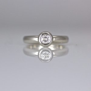 Modern diamond & Platinum engagement ring