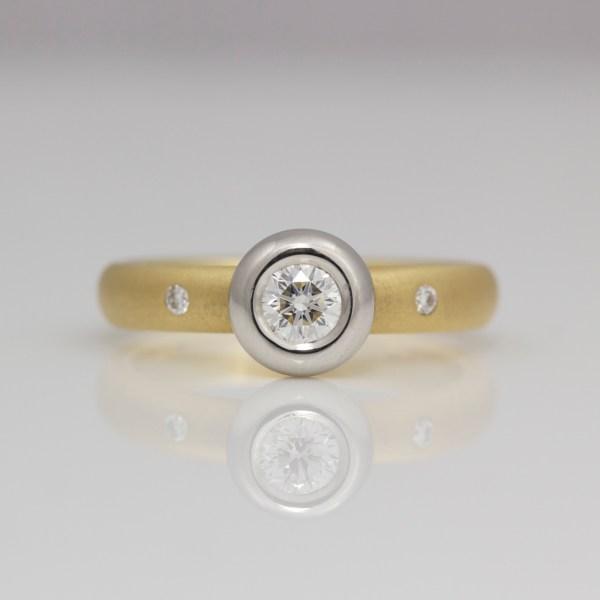 Diamond rub-over set Platinum & yellow gold ring