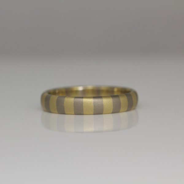 18ct yellow & white gold striped ring