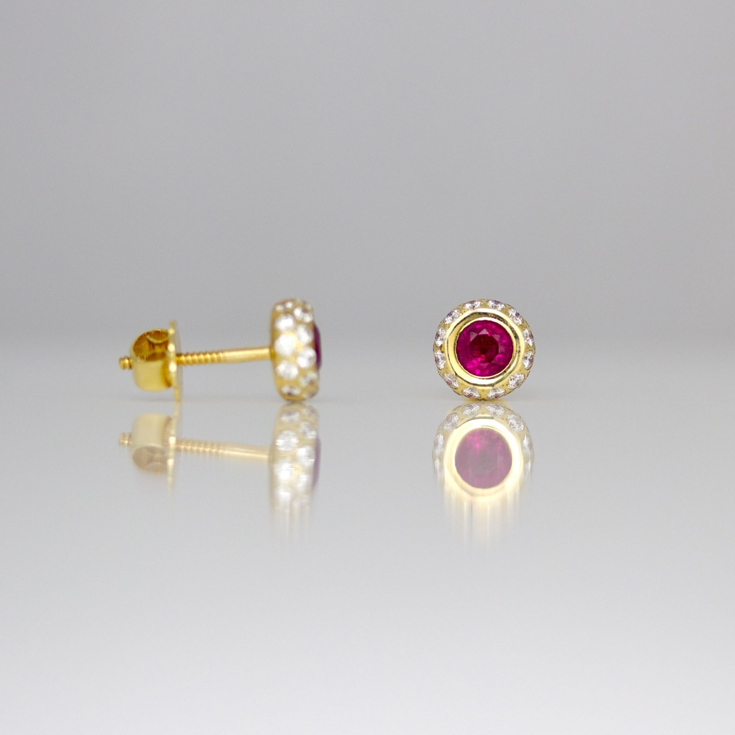 Perfect 18ct rose gold diamond ear-studs