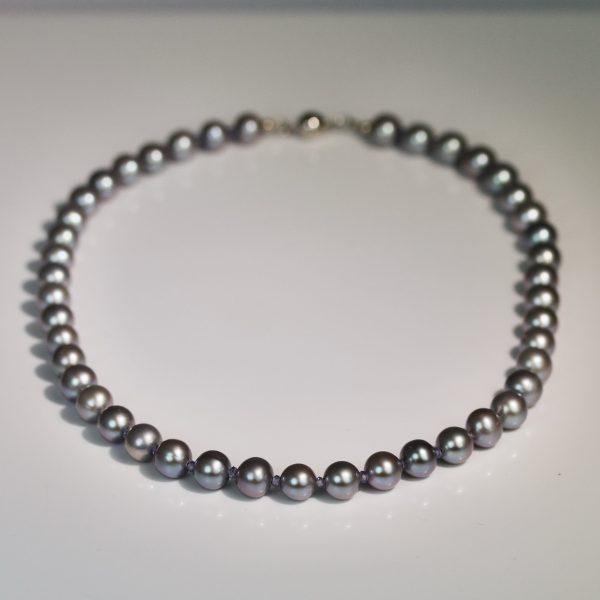 Tanzanite & pearl necklace