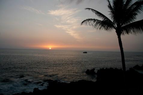 another_hawaiian_sunset.jpg