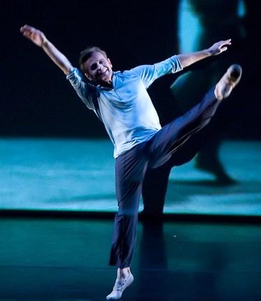 Mikhail Baryshnikov and Hell's Kitchen Dancers, Lobero Theatre, June 21, 2006 presented by Summerdance Santa Barbara