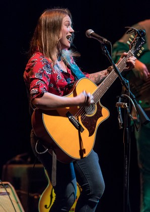 Crystal Bowersox belting it out at Lobero Live! 4/28/17 The Lobero Theatre