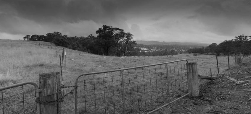 Raining-over-Bowral-2048