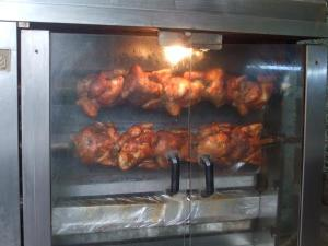 Rotisserie chicken. Eaten in quarters, halves or wholes.