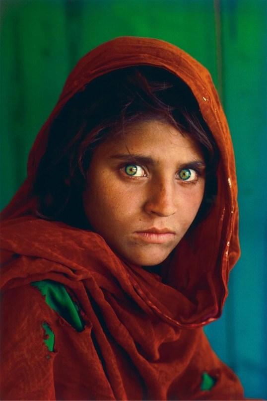 Steve-Mccurry-Afghan-Girl-Pakistan-1984