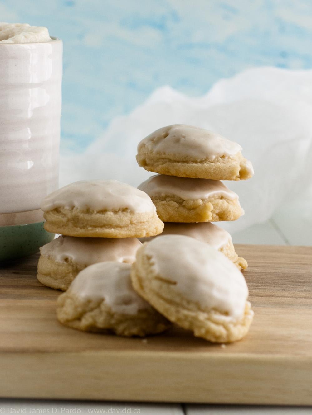 Vegan Holiday Nog Cookies