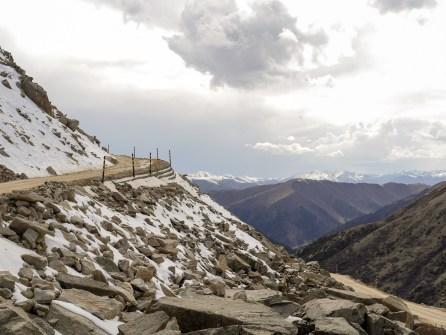 Dege to Yushu: The 5000m Pass
